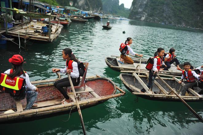 NTL kids boat